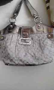 Pre Loved Designer Lable Bags Queens Park Canning Area Preview
