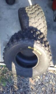 TWO TYRES KENDA CLAW XCR