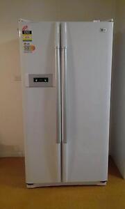 LG 2 Door 581 litre Fridge/Freezer  Excellent. $545 must sell Aranda Belconnen Area Preview