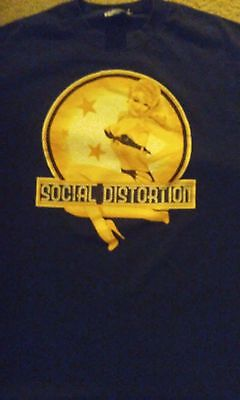 Social Distortion shirt used L