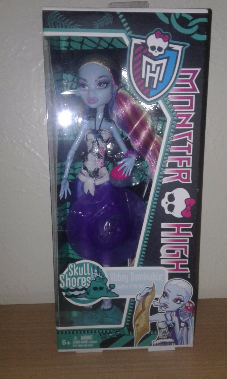Monster High Abby Bominable Skull Shores doll MIB
