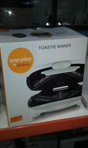 Sunbeam - toastie maker EGR500 - new in box Braybrook Maribyrnong Area Preview