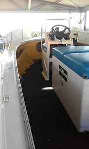 5 metre centre console boat Bli Bli Maroochydore Area Preview