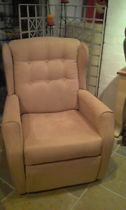Recliner Chair Biggera Waters Gold Coast City Preview