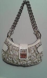 Guess Hand Bag Greenwith Tea Tree Gully Area Preview