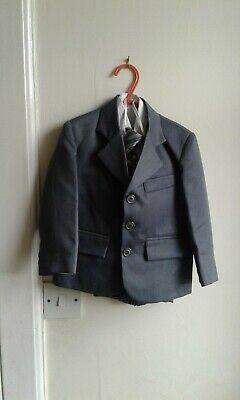 GORGEOUS COLLECTION BOYS 5 PIECE SUIT SIZE 1 Collection Boys 5 Piece Suit