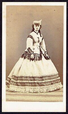 CDV Photo 1860s Cute Woman, Dress, Fashion, Hat (2827)