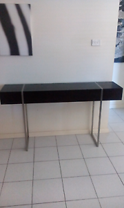 Console table Bonnyrigg Heights Fairfield Area Preview