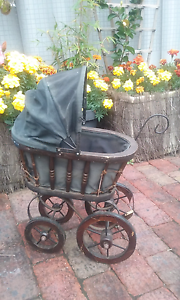 OLD DOLLS PRAM Albany Albany Area Preview