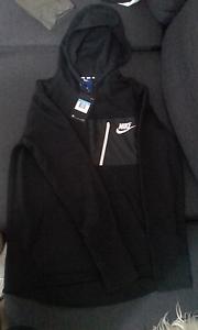 Nike Black Jumper Size M Heathmont Maroondah Area Preview