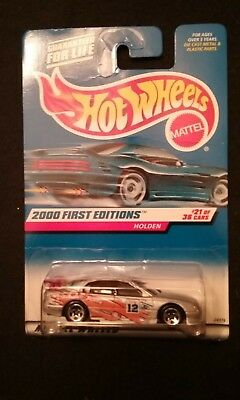 2000 HOT WHEEL FIRST EDITIONS 081 #21/36 HOLDEN *CLEAR RED SPOILER*