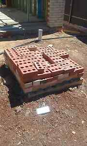 Free bricks in Nairne 5252 Littlehampton Mount Barker Area Preview