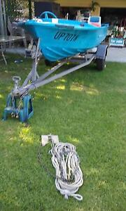 14ft tinnie with 35hp Johnson motor and trailer Teralba Lake Macquarie Area Preview