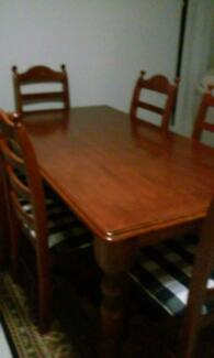 Dining setting 7 piece Morayfield Caboolture Area Preview