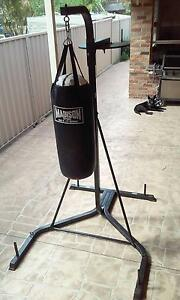 Australian Made Madison Boxing Bag and Heavy Duty Steel Tower Woonona Wollongong Area Preview
