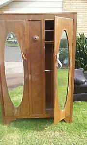 Antique wardrobe Keysborough Greater Dandenong Preview
