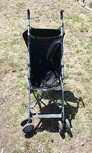 Black stroller Westmeadows Hume Area Preview
