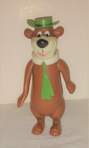 Yogi Bear Dakin Figure Hanna Barbera doll  nice stands good Late  60