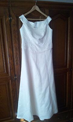 Hochzeitskleid mit Steinchen verziert, cremeweiß, Größe 44, ärmellos