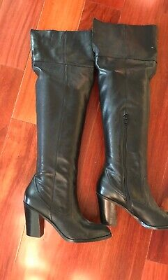 Womens Corso Como Over-the-Knee Italian Black leather boot. Sz. 9