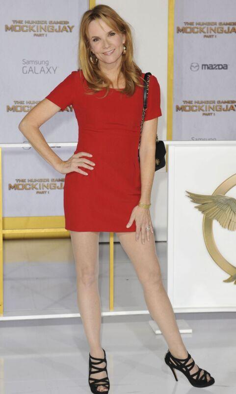 Lea Thompson Actress Posing 8x10 Photo Print