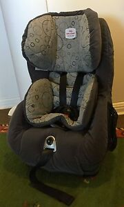 BRITAX SAFE-N-SOUND MERIDIAN CONVERTIBLE CHILD RESTRAINT in grey Vaucluse Eastern Suburbs Preview