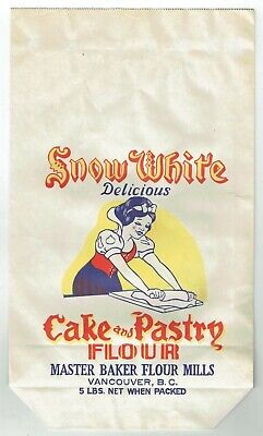 1940s Handbags and Purses History 1940's DISNEY SNOW WHITE CAKE AND PASTRY FLOUR BAG MASTER BAKER FLOUR MILLS! $14.95 AT vintagedancer.com
