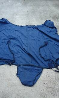 Horse rug size 4'9
