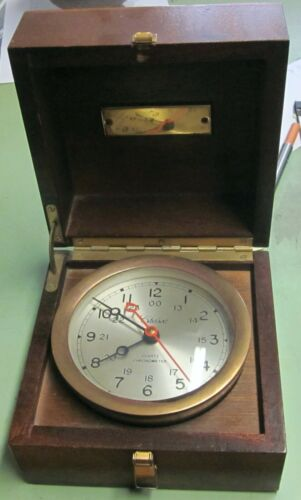 VINTAGE CHELSEA CLOCK USA SHIPS MARINE QUARTZ MAHOGANY BOX BRASS CHRONOMETER