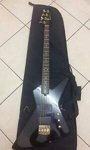 1984 IBANEZ DESTROYER II DT670 BASS JET BLACK Newcastle Newcastle Area Preview