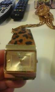 BNEW IN PKT LADIES NOVELLE QUARTZ WATCH LEP PRINT BAND GOLDY FACE Kotara Newcastle Area Preview