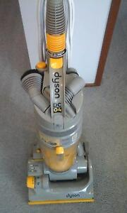 DYSON UPRIGHT VACUUM CLEANER WITH POWERFUL SUCTION $130 Emu Plains Penrith Area Preview