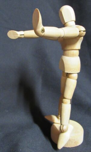 """Wooden Artist Drawing Reticulated Poseable 5"""" Figure"""