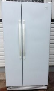 Whirlpool side by side fridge and frezeer 588L Woodridge Logan Area Preview