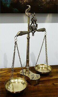 Antique Brass Jewellery Balance Scale with Velvet Box /& Complete Weight Decor