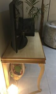 Timber display table