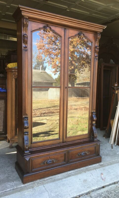 RENAISSANCE WALNUT 2 DOOR BOOKCASE