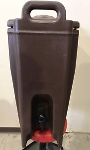 For sale. Cambro thermal container, 5 gallon, 100 cup.