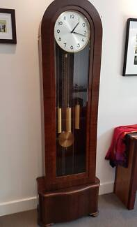 GRANDFATHER CLOCK - Classic style/German movement
