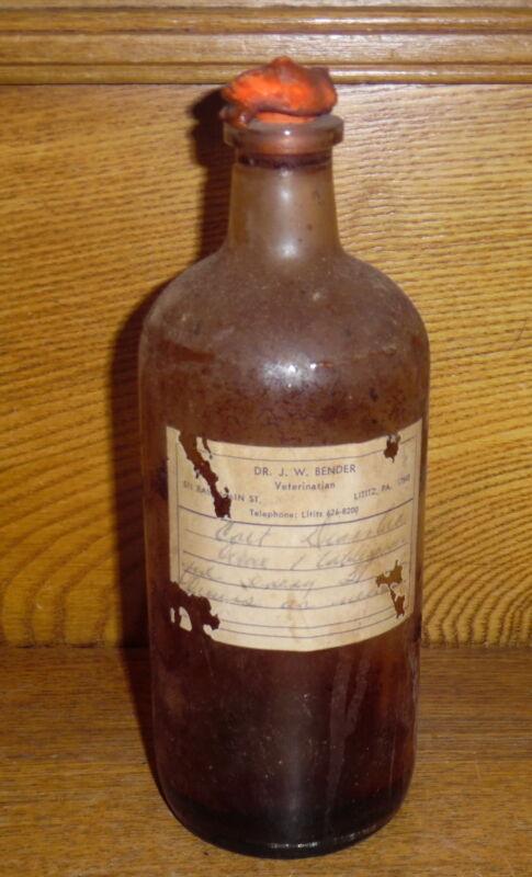Old / Vintage Veterinarian Bottle - Dr. JW Bender 511 E Main St Lititz PA