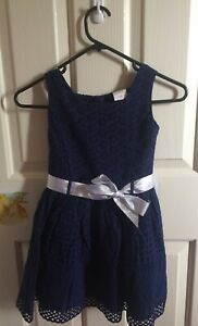 New Girls dress size 5 Doncaster East Manningham Area Preview