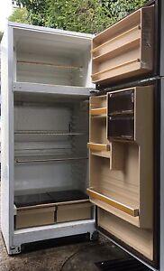 Fridge freezer Phillips 360 litre good condition Bateman Melville Area Preview