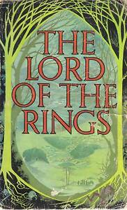 LORD OF THE RINGS-TOLKIEN CLASSIC CHEAP BUT SLIGHTLY DAMAGED Hughesdale Monash Area Preview