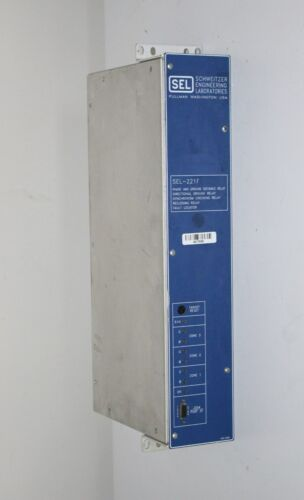 Schweitzer SEL-221F Phase Distance Fault Locator Relay 221F00-4256MVNC