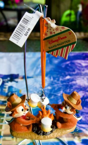 DISNEY PARKS CHIP & DALE ROASTING MARSHMALLOWS CHRISTMAS ORNAMENT NEW WITH TAGS
