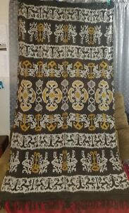 Beautiful Vintage Sumba Ikat  Indonsian textile weaving with dragons 85