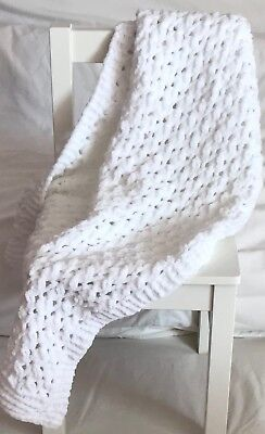 BEAUTIFUL WHITE HAND KNITTED BABY Blanket Suitable For Pram Crib Or Moses Basket