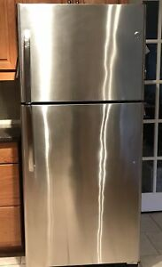 GE stainless steel refrigerator