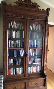 Bibliothèque antique  $1500.