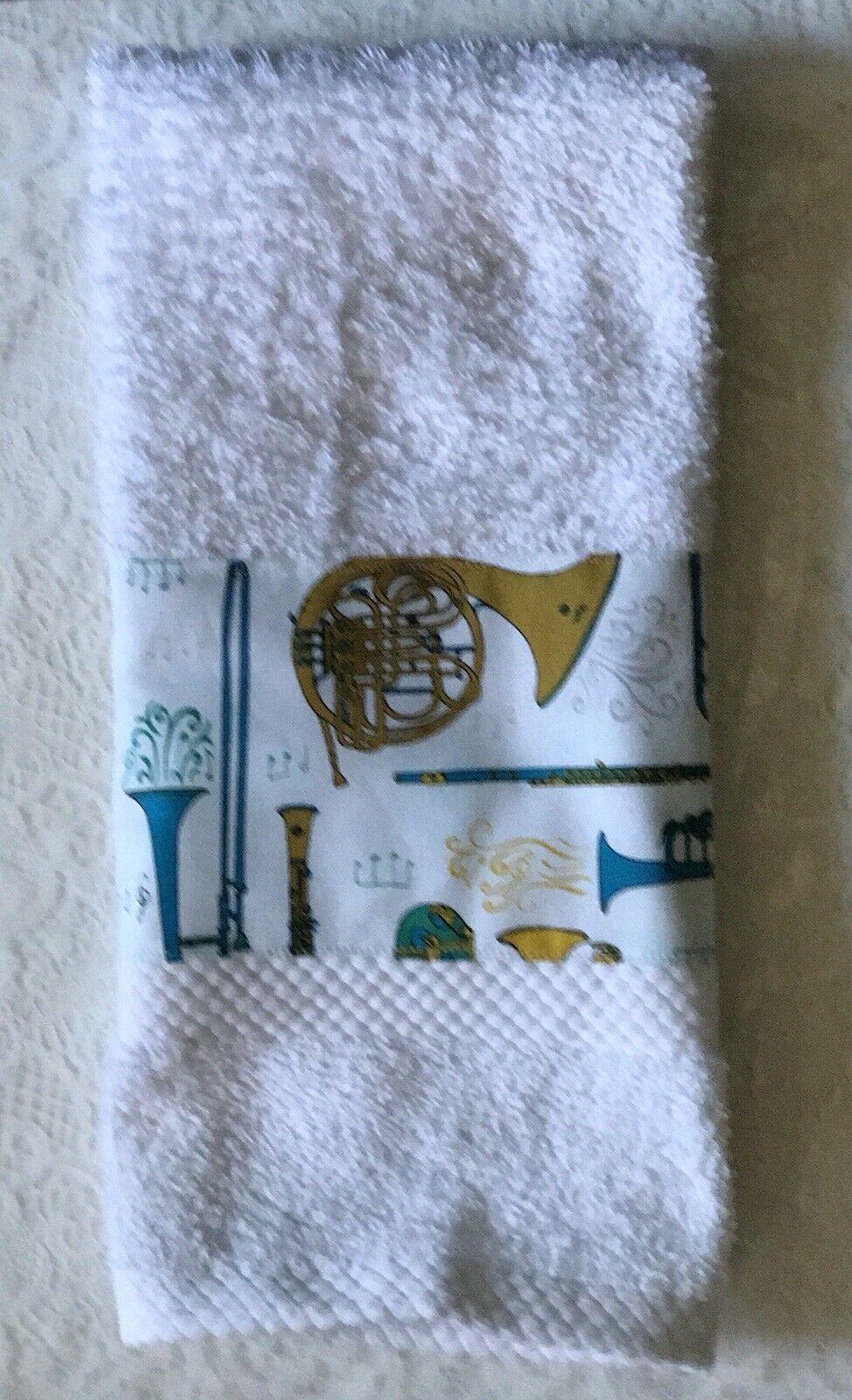 Make Music hand towel -roses sheet music  piano -wind instru